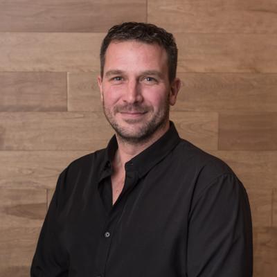 Daniel Carrier, Directeur des ventes
